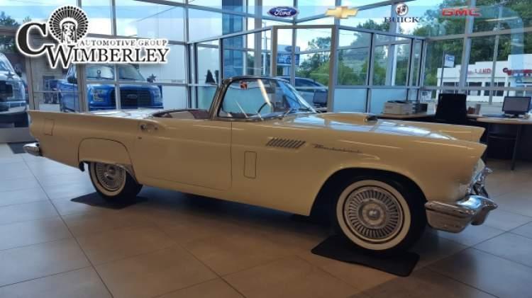 1957-Ford-Thunderbird_FH178392-1.jpg