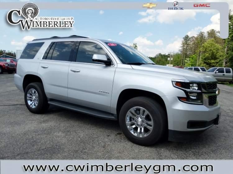 2016-Chevrolet-Tahoe_GR461935-32.jpg