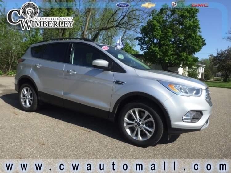 2017-Ford-Escape_HUA80283-1.jpg