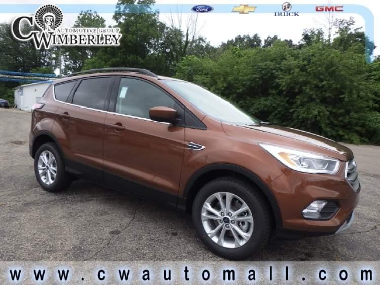 2017-Ford-Escape_HUE55440-1.jpg