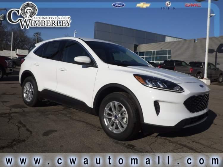 2020-Ford-Escape_LUA83423-1.jpg